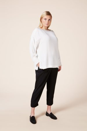 The Hour Relaxed Fit Top