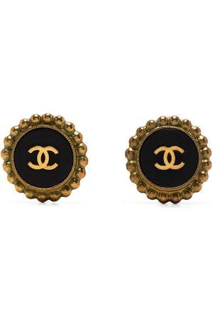 CHANEL 2010s CC button earrings
