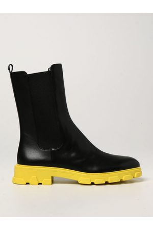 Michael Kors Ridley ankle boot with contrasting sole