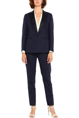 Brian Dales Women Suits - BRIAN DALES