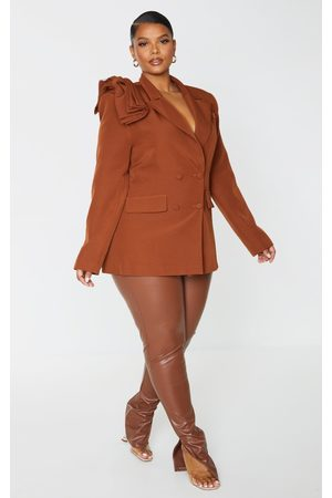 PRETTYLITTLETHING Plus Chocolate Woven Bow Double Breasted Blazer