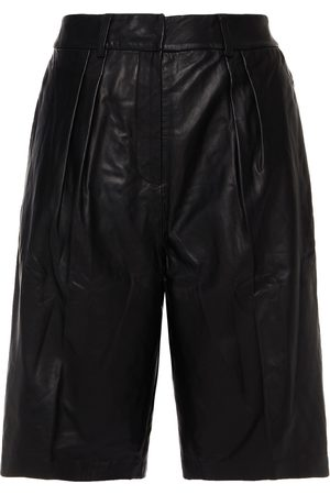 Walter Baker Woman Pleated Leather Shorts Size 0