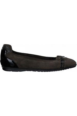 Tamaris Leather Ballet Flats