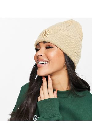 New Era Exclusive ribbed cuff beanie in camel with tonal NY-Neutral